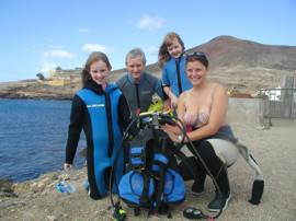 Experience diving for the first time in the marine reserve at Arinaga