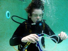 Practising replacing the mask on a Junior Open Water Course
