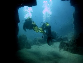 explore dive sites in Gran Canaria
